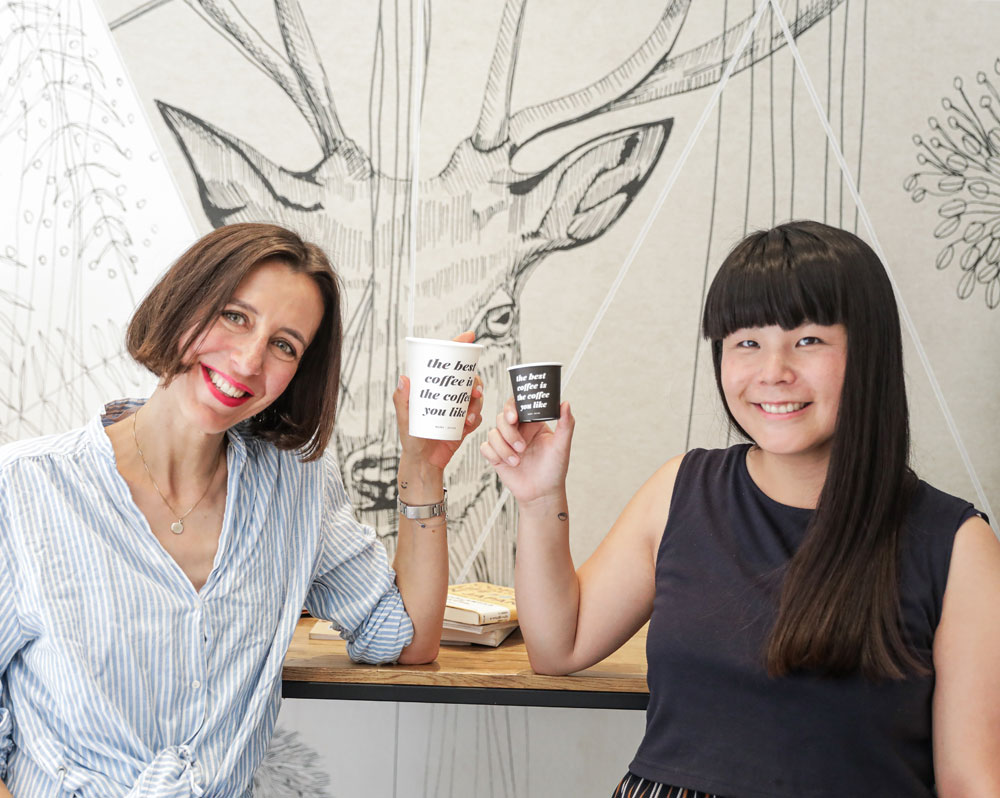 Um das Fernweh zu lindern und gleichzeitig die Vorfreude auf die nächste Reise in den Osten zu feiern, gibt es auf sonrisa exklusive Insider-Tipps zur Kaffee-Kultur in Japan, die man übrigens auch in der Schweiz geniessen kann.