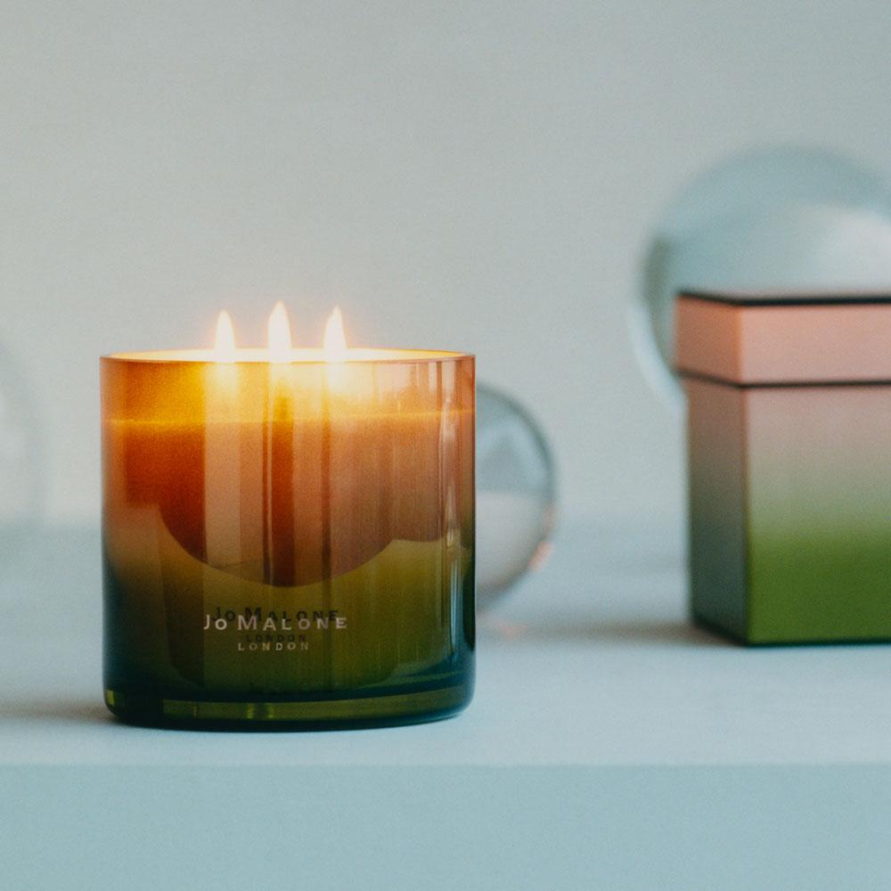 Die Layered Candles von Jo Malone London vereinen jeweils zwei der beliebtesten Raumdüfte in einer Kerze.