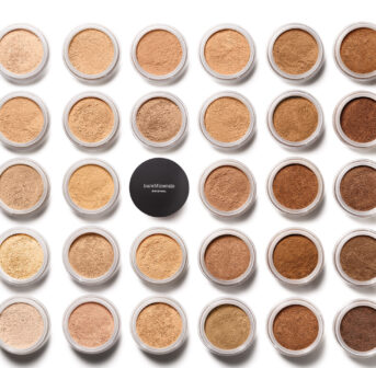 Zur Lancierung von bareMinerals gibt es auf sonrisa die wichtigsten Fakten zum amerikanischen Clean-Beauty Brand.