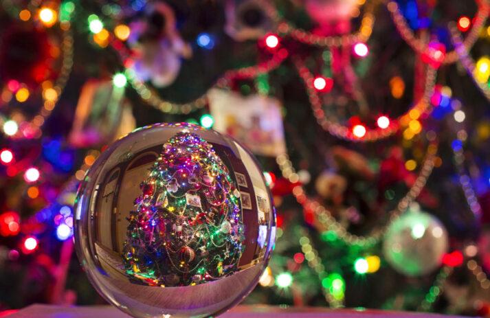 Gerade weil die Feiertage 2020 unter sehr besonderen Umständen stattfinden, wünscht sonrisa umso mehr viele glückliche Momente!!!