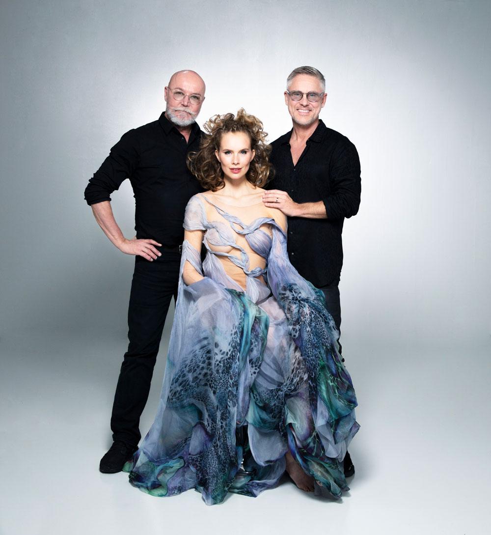 Björn Axén startet eine exklusive Zusammenarbeit mit Designerin Iris van Herpen, um gemeinsam Geld zu sammeln für die LGBTQ+ Organisation Regnbagsfonden.