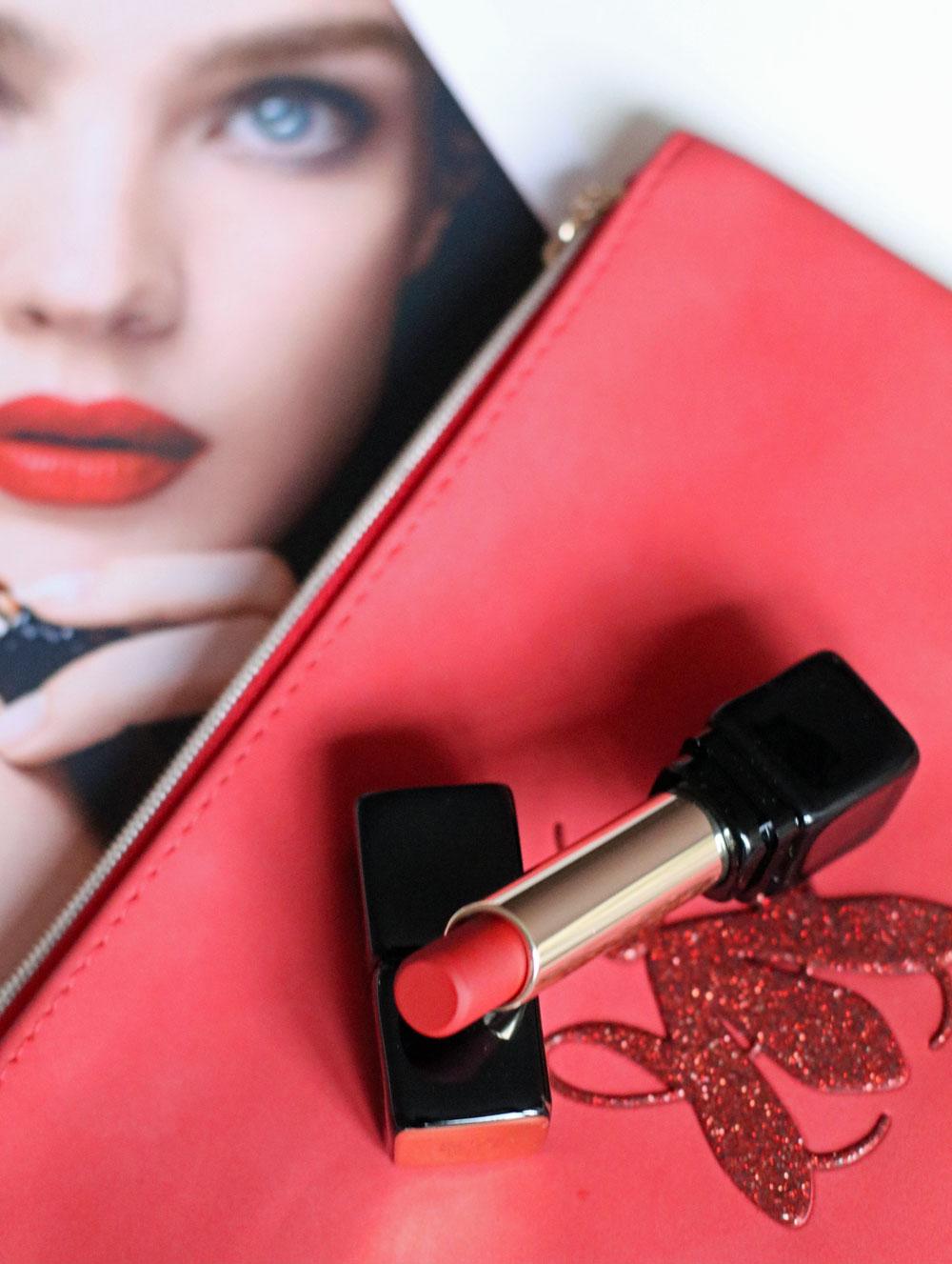 Die neuen, matten KissKiss-Lippenstifte überzeugen durch ihre gute Qualität – und werden bei sonrisa aktuell auch als Beauty-Therapie eingesetzt.