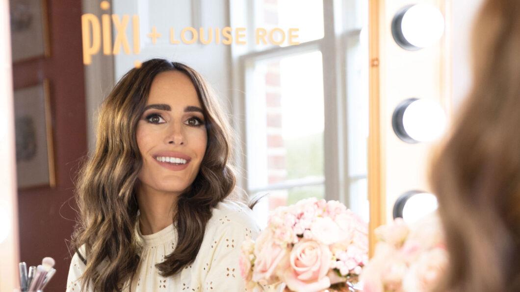 «Unbedingt lächeln beim Schminken»: Q&A mit Louise Roe