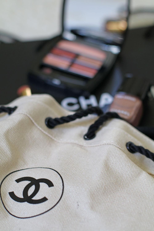 Mit Chanel Les Beiges Summer Light zelebriert das Traditionshaus den Sommer.