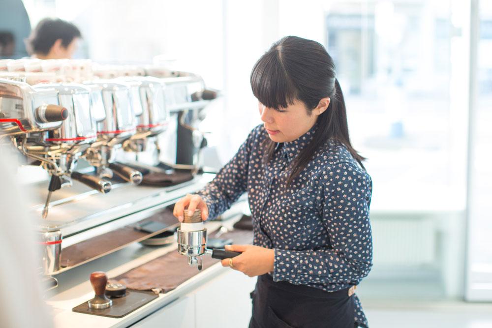Zur Feier des Weltkaffee-Tages gibt es auf sonrisa Tipps vom Profi für den perfekten Kaffee.